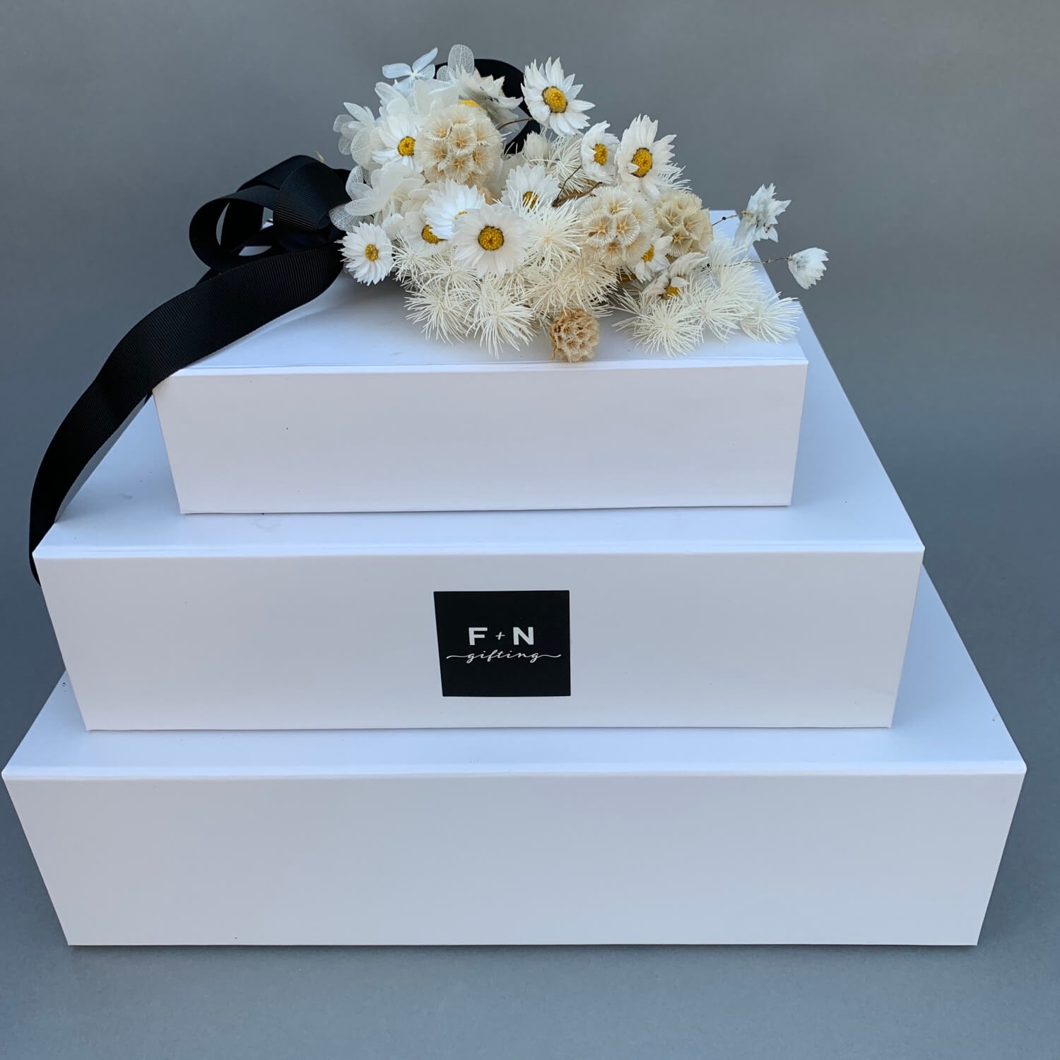 White Bundle with Dried Posy
