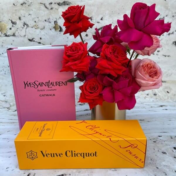 Veuve gift collection